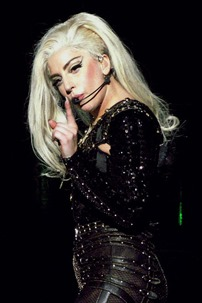 Lady_Gaga_BTW_Ball_Antwerp_02